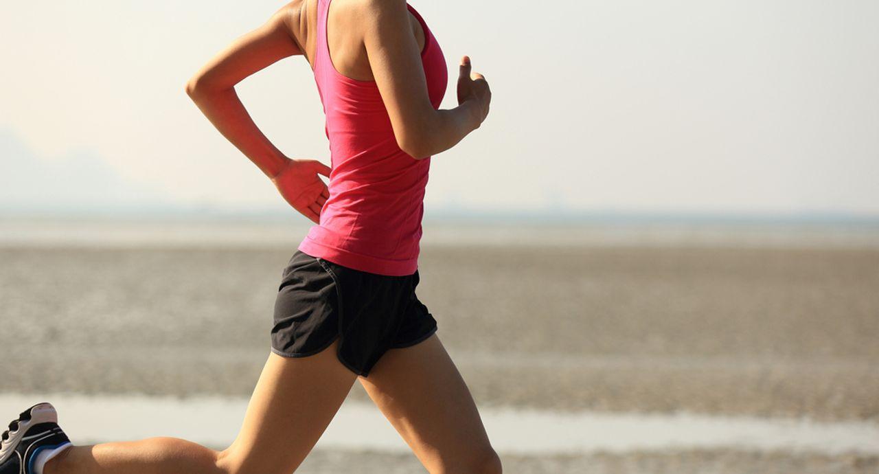 マラソンの服装を徹底解説。初心者でも失敗しないウェアとは?