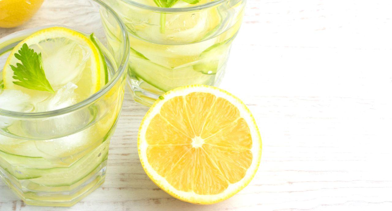 レモン水の効果が知りたい!作り方やレシピ、デメリットもご紹介