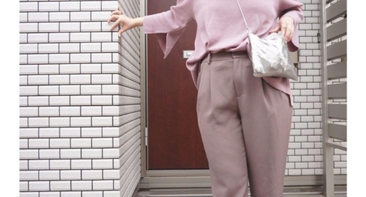 ドレープジョガーパンツの着こなし!人気コーデとカラーをご紹介