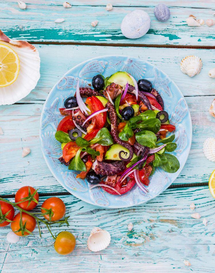 地中海ダイエットとは?特徴や効果、やり方、注意点のまとめ