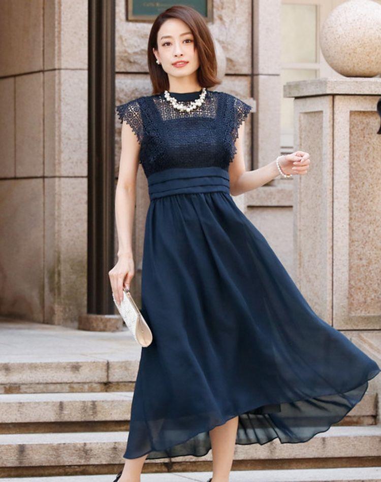 40代の披露宴ドレスはマナーと垢抜けを両立!正解コーデをご紹介