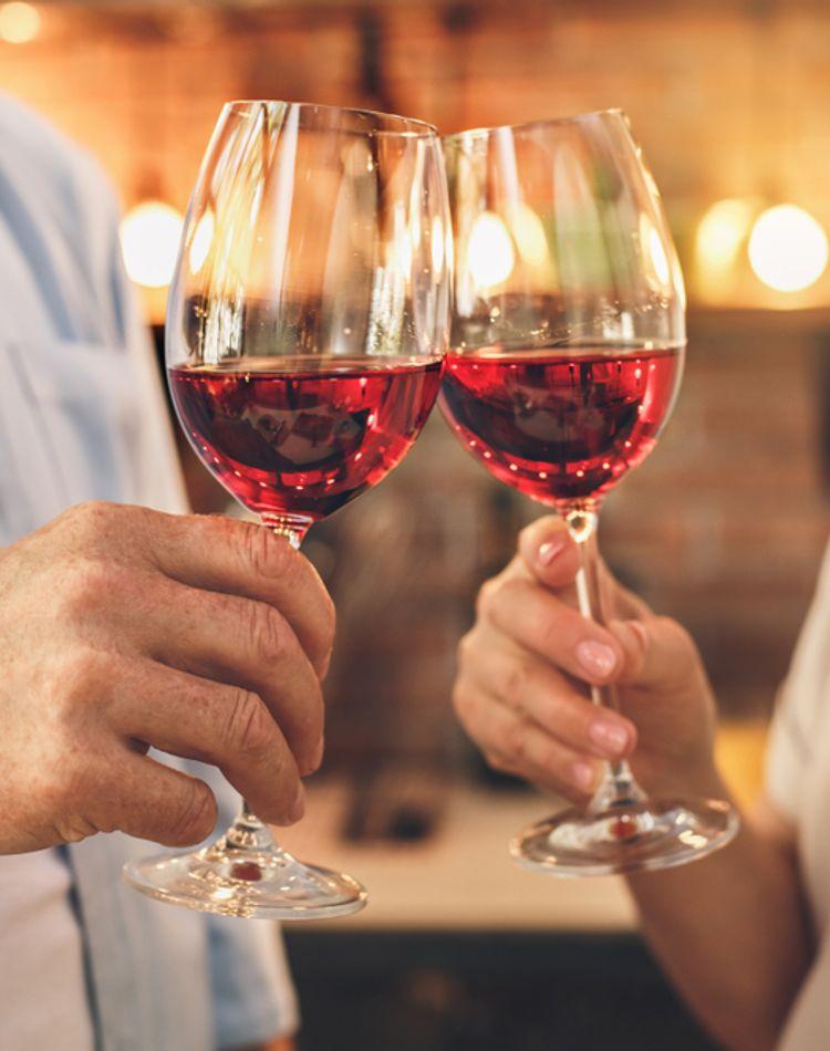 バーから始まる出会いがある!バーで使える恋愛テクニックや注意点