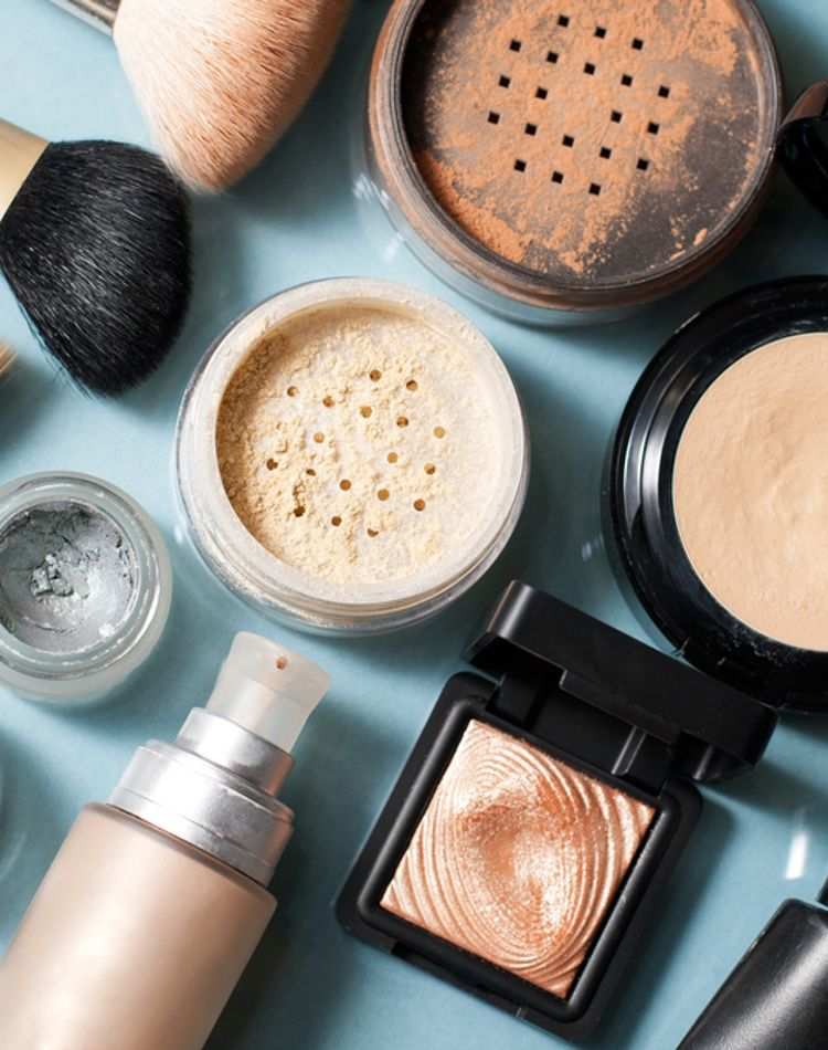 化粧で肌荒れするの?肌荒れの原因や対処法、メイク方法をご紹介