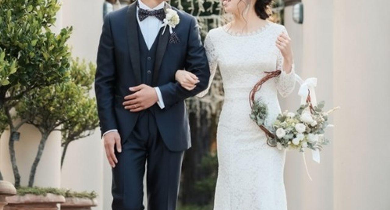 結婚式の前撮りはドレスor私服?おすすめの服装や費用、必要なもの