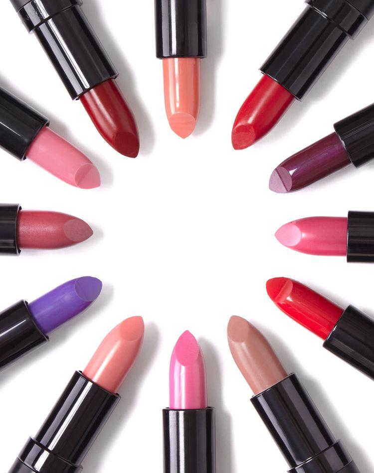 ブルベに合う口紅27選 似合わないを回避する色の選び方をご紹介