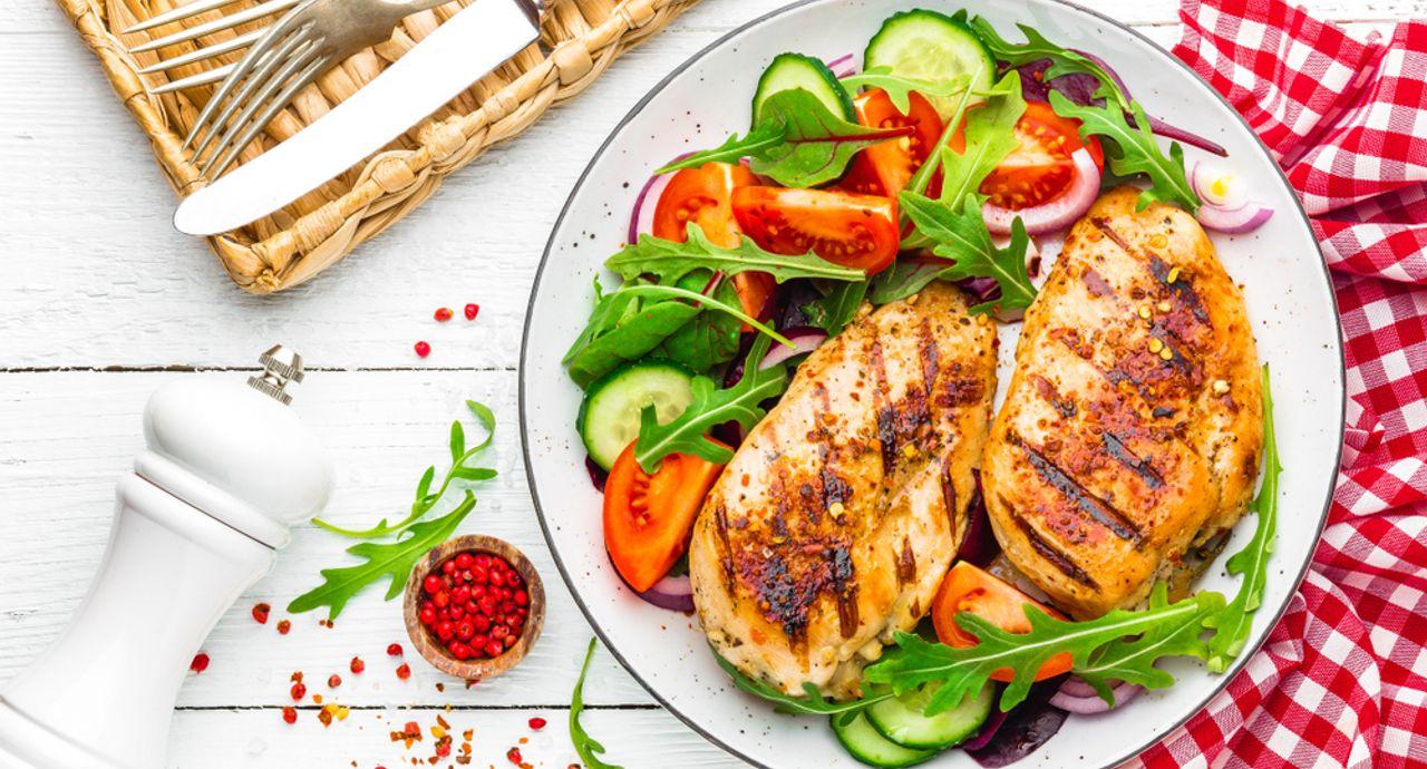 鶏肉のダイエット効果とは?注意すべきポイントとおすすめレシピ