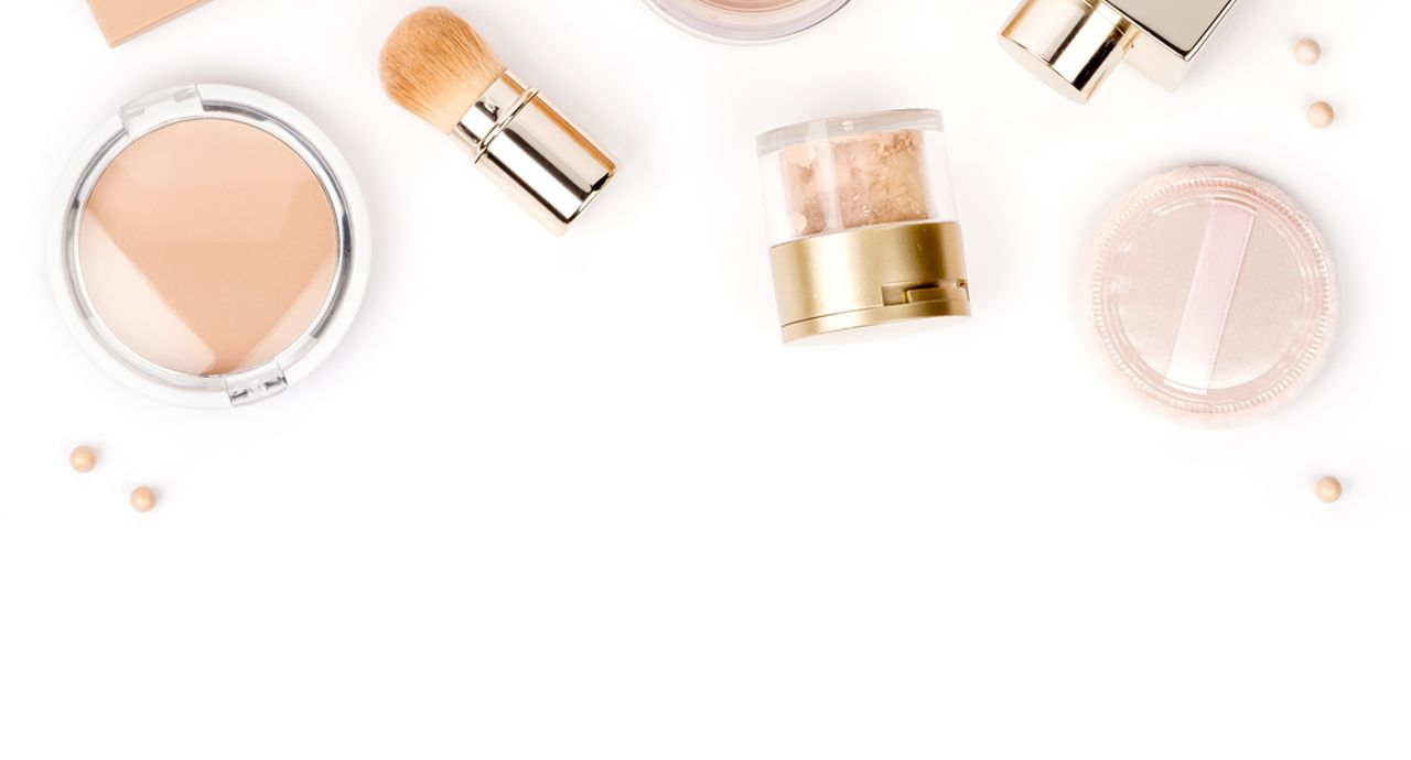 インターンに行く時、化粧はどうする?メイクのポイントを詳しく解説