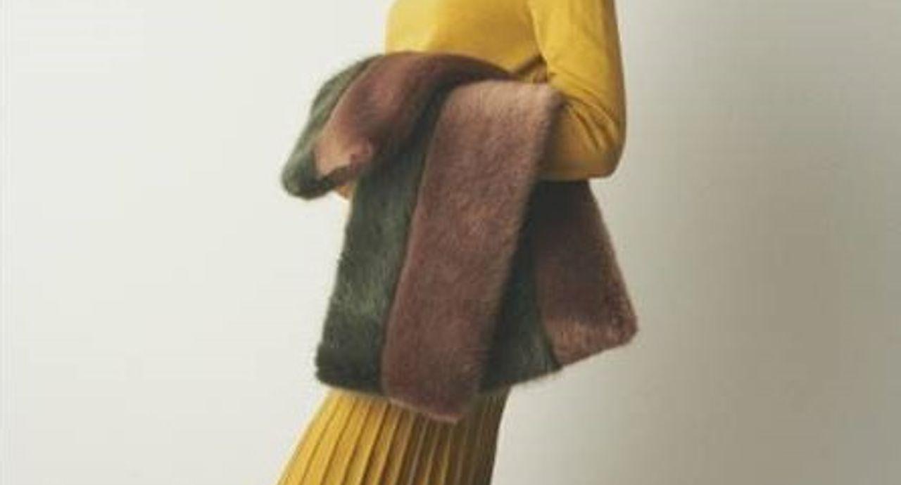 からし色で秋冬スタイルに華やぎを!大人女子におすすめコーデ9選