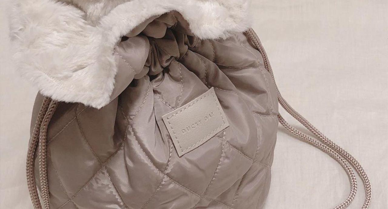 3coinsのバッグが可愛い!新商品・人気商品と季節別コーデ