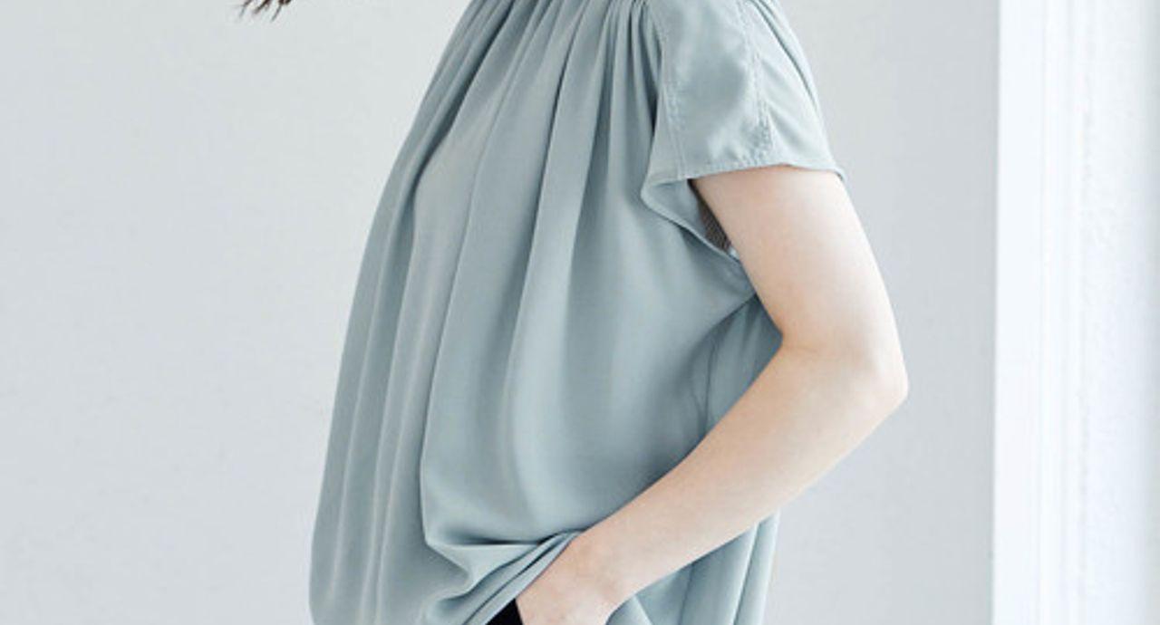 サックスブルーに合う色のおすすめコーデ!特徴や季節別の着こなし