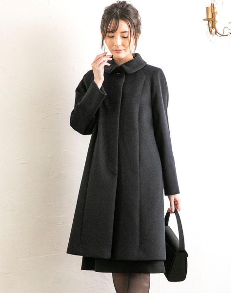 お葬式に着るコートのおすすめとは?色や素材のマナーもご紹介