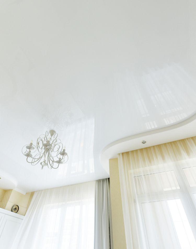 高い天井の掃除方法が知りたい!汚れ別の掃除方法をご紹介