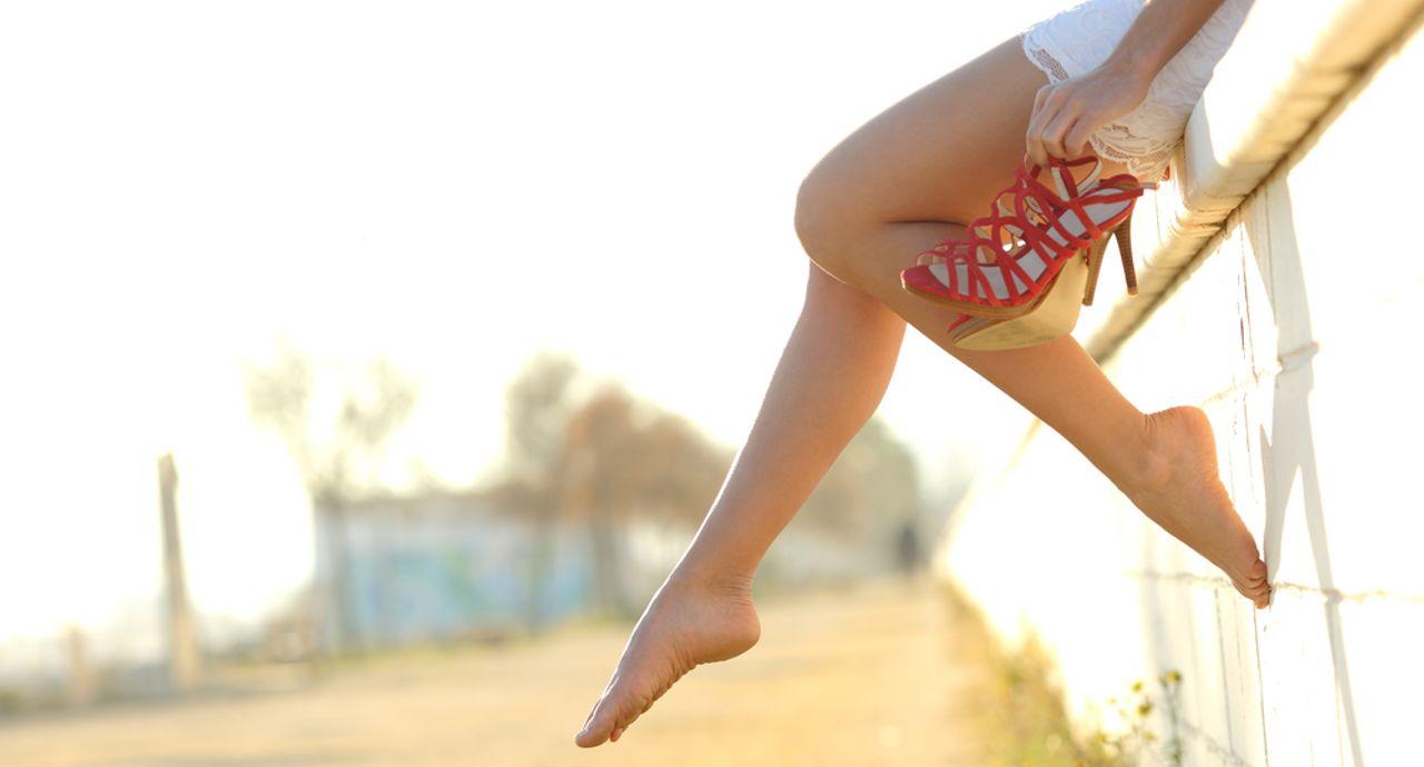 足が太い…と悩む女性必見!脚やせの方法や似合う着痩せコーデって?