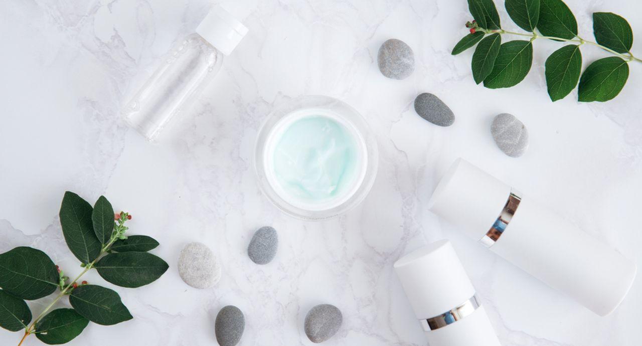 50代におすすめの化粧水とは?効果的な使い方や人気アイテムなど
