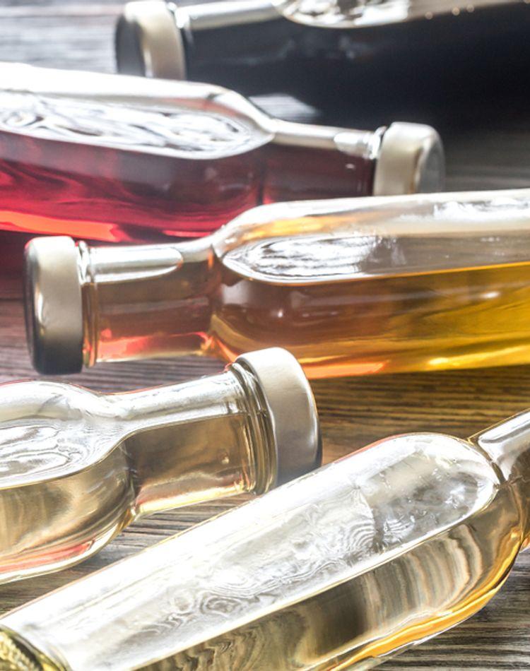お酢は掃除にも使える!カビや水垢など汚れ別の活用術をレクチャー