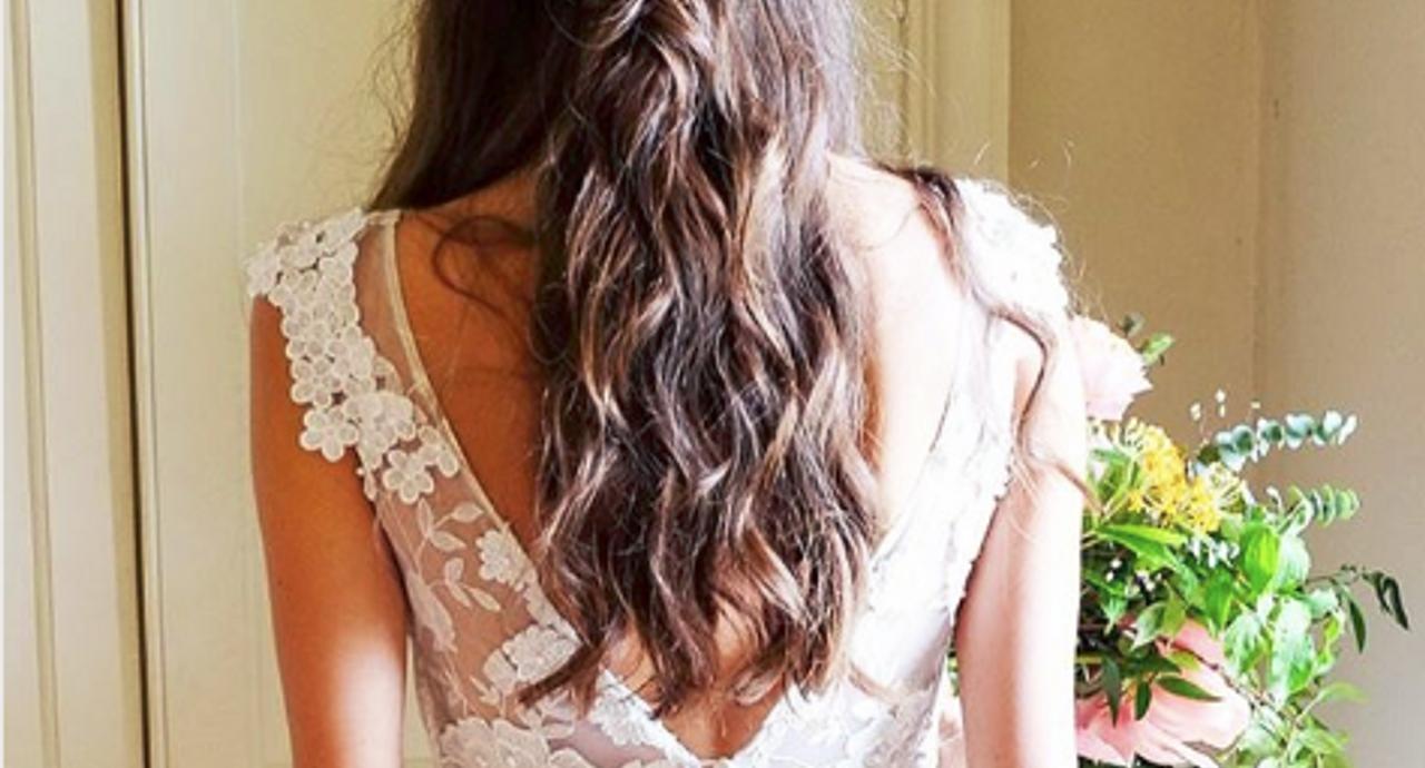 花嫁さんの髪型コレクション!ドレスに合わせたおすすめスタイル15選