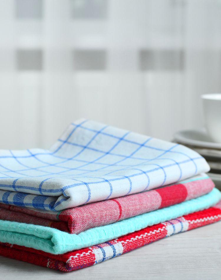 ふきんの清潔を保つ洗濯方法は?毎日の洗い方やニオイの予防法とは