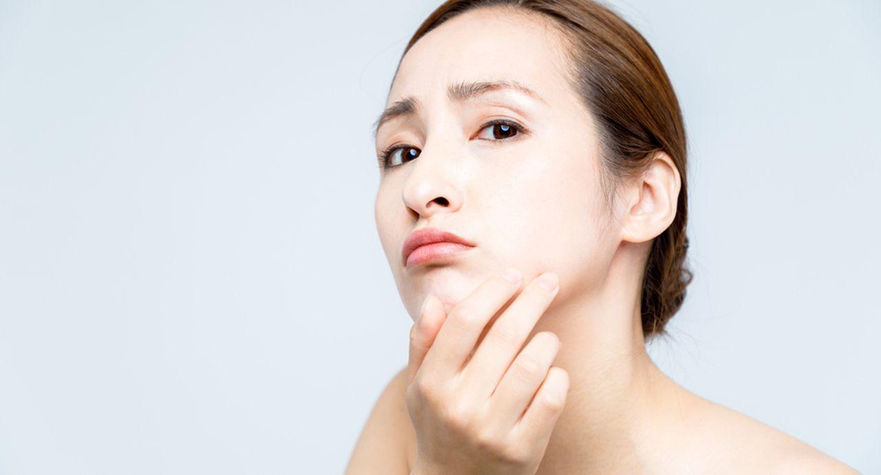 肌のくすみの原因は?くすみの種類や対策、予防策を詳しく解説