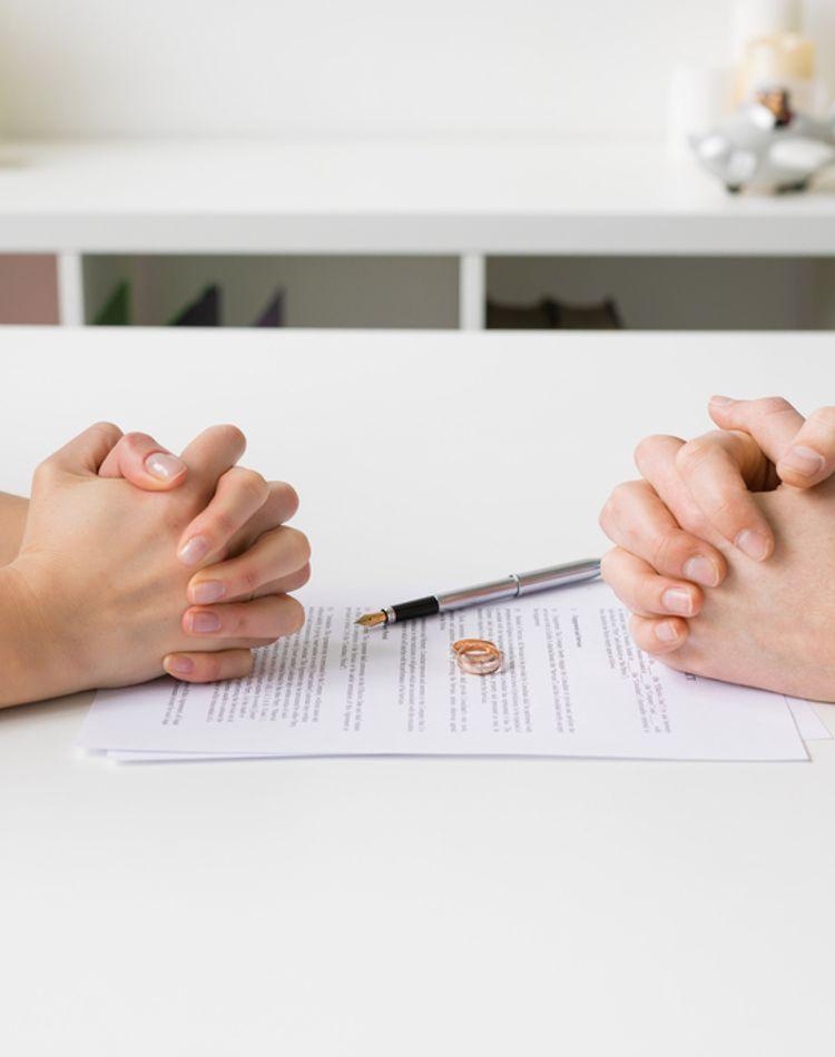 別居する際の生活費はどうなる?相場や家庭内別居の場合もご紹介