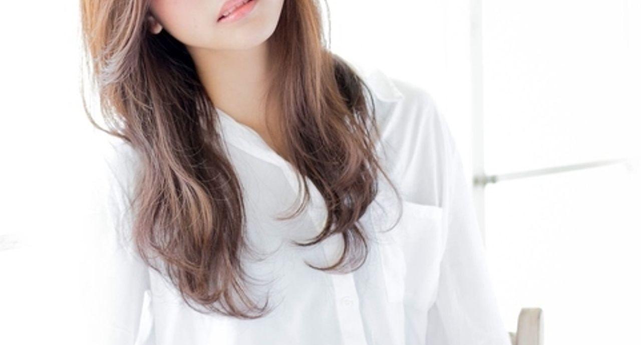 ヘアアイロンを使った前髪の巻き方&流し方。こなれ感UPを狙おう!
