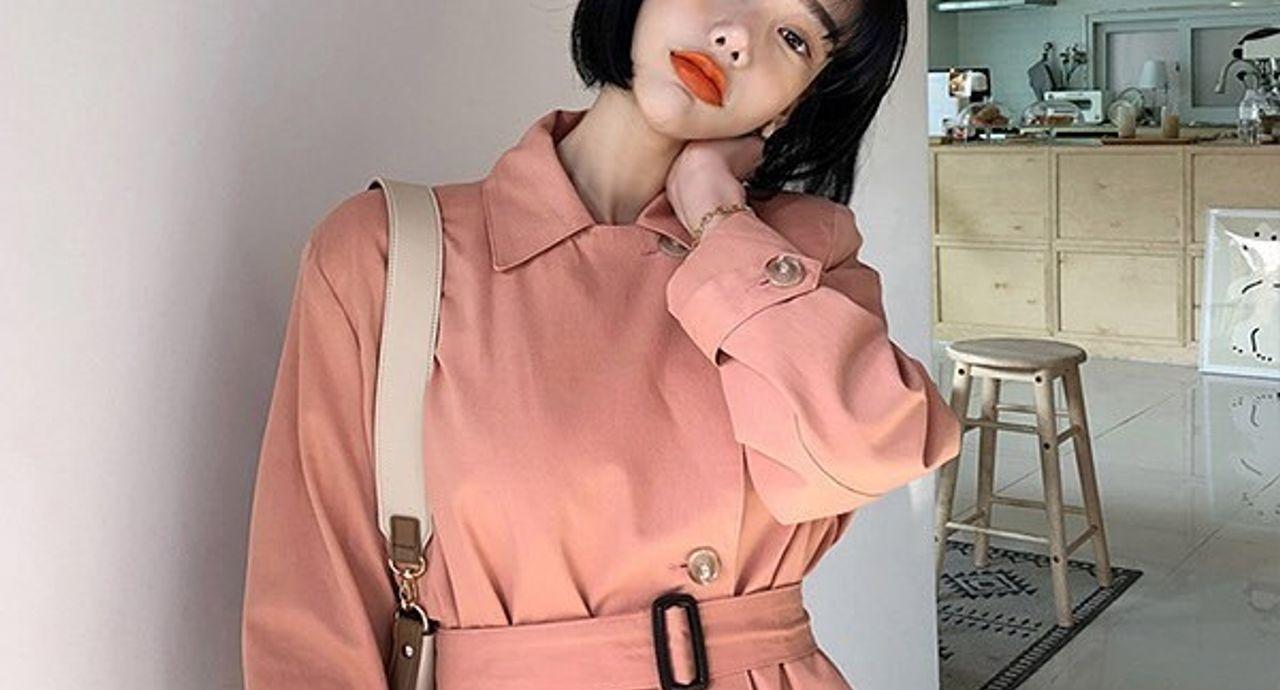 ピンクのトレンチコートのコーデ集!華やかなスタイリングをご紹介