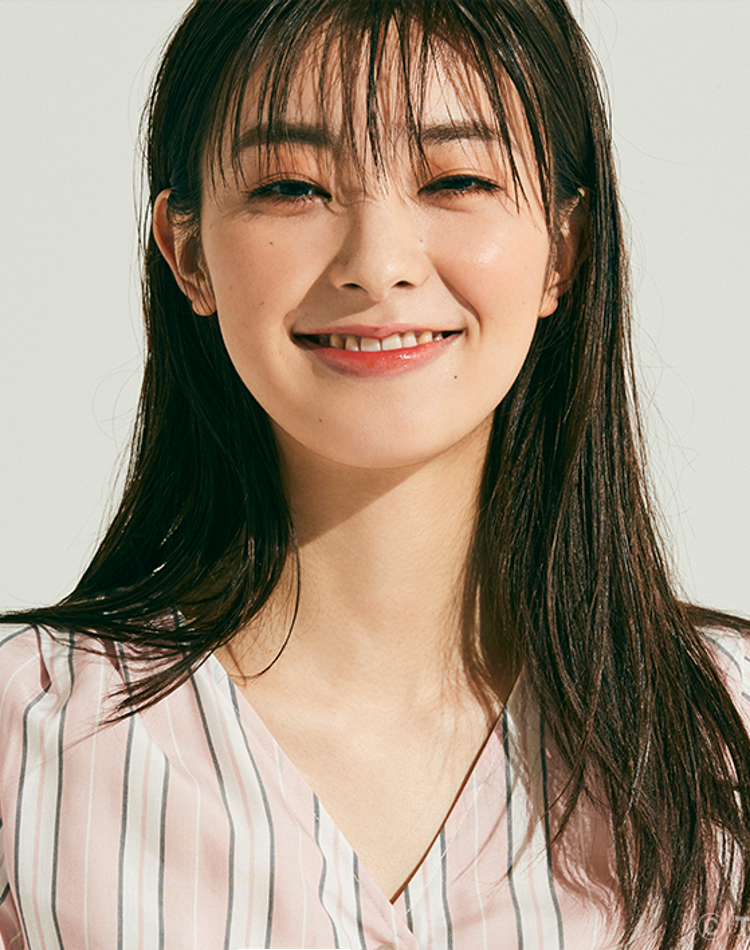 CUTEな笑顔がはじける!宮本茉由にスペシャルインタビュー