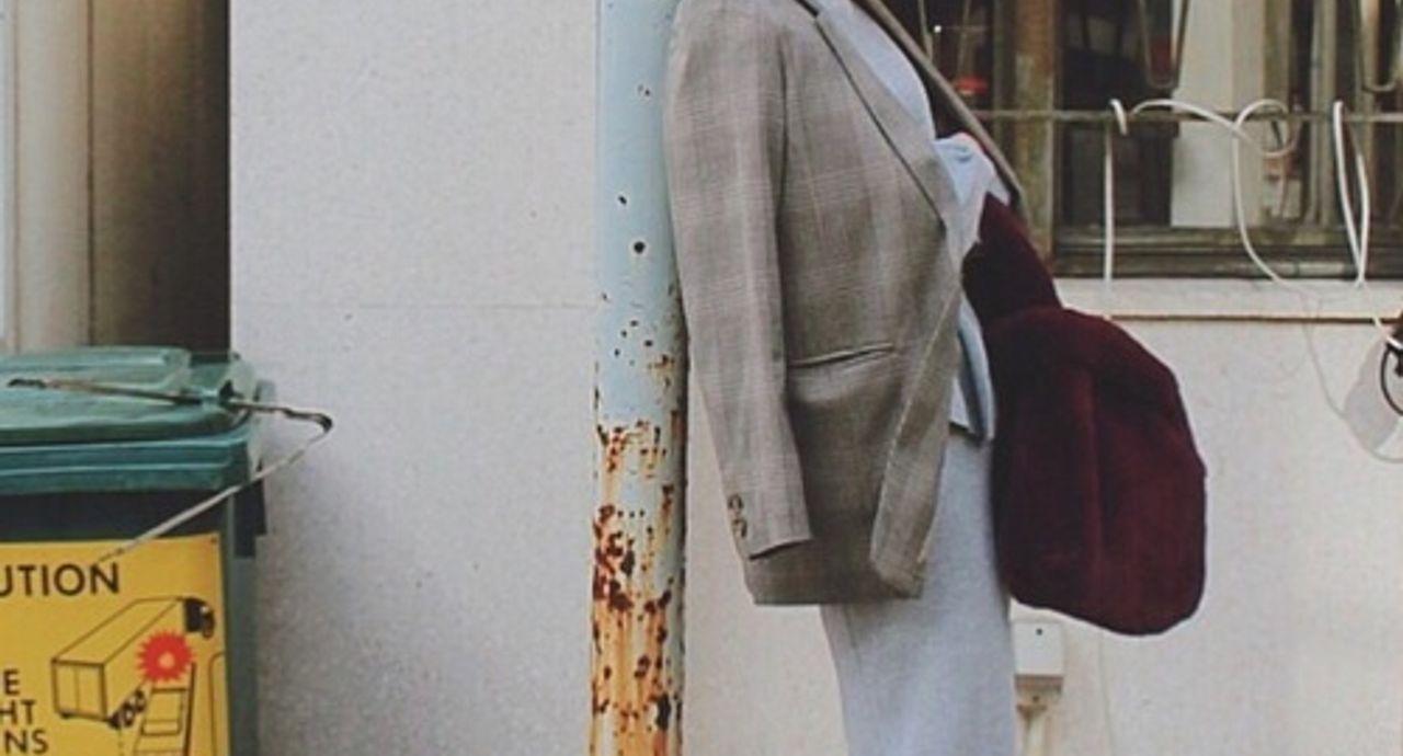 グレーのワンピースのコーデ集!合わせるアウターやジャケットは?