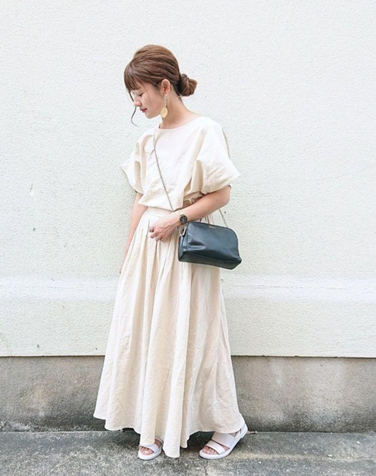 小柄さんのロングスカートの着こなし9選!似合う丈や季節別コーデ