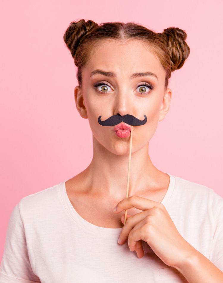 口周りの産毛の処理方法は?毛が濃くなる原因や肌を傷めないポイント