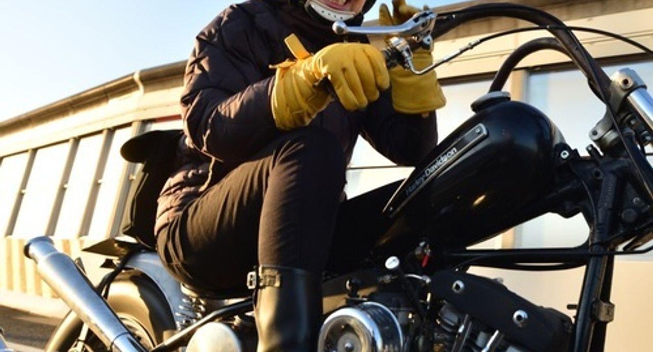 バイクに乗る時のおすすめ服装。安全でかっこいいバイカーコーデとは