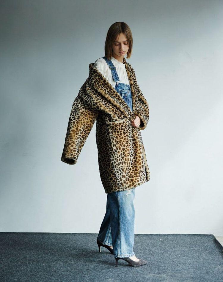 80年代ファッションがリバイバル?特徴やおすすめコーデ