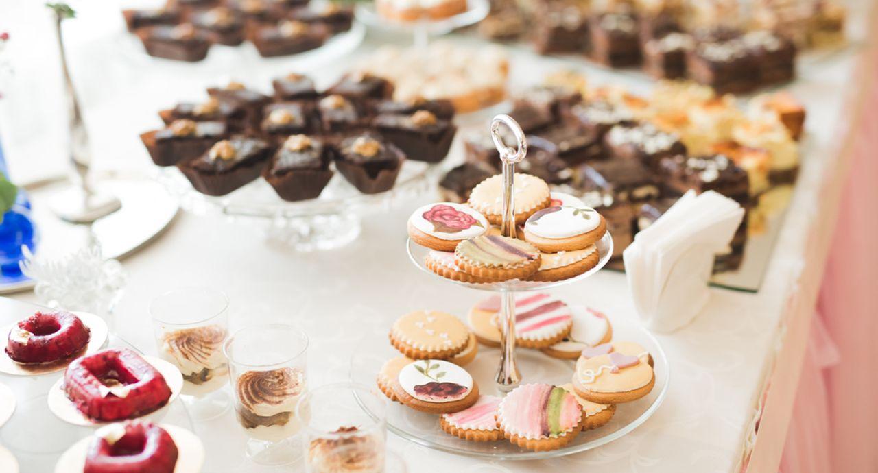 引き菓子って?結婚式や法事の引き菓子の金額やおすすめ菓子をご紹介