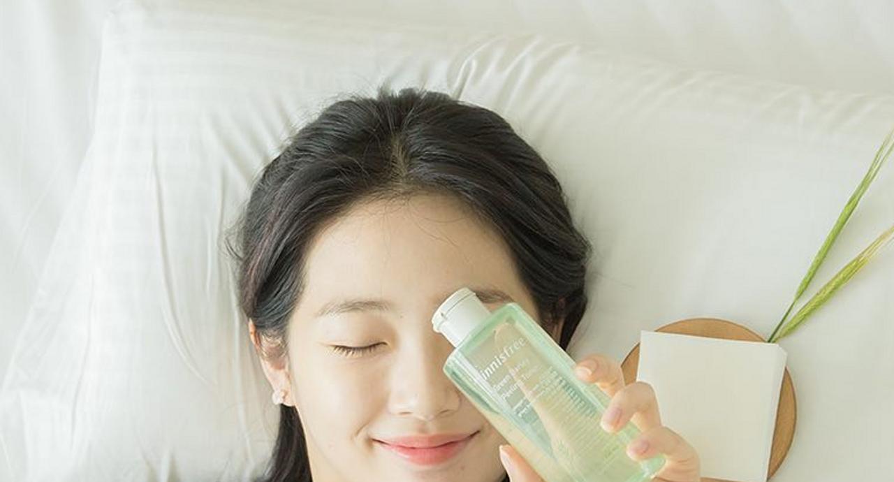 化粧水はハンドプレスすると良い?メリットやおすすめの使い方