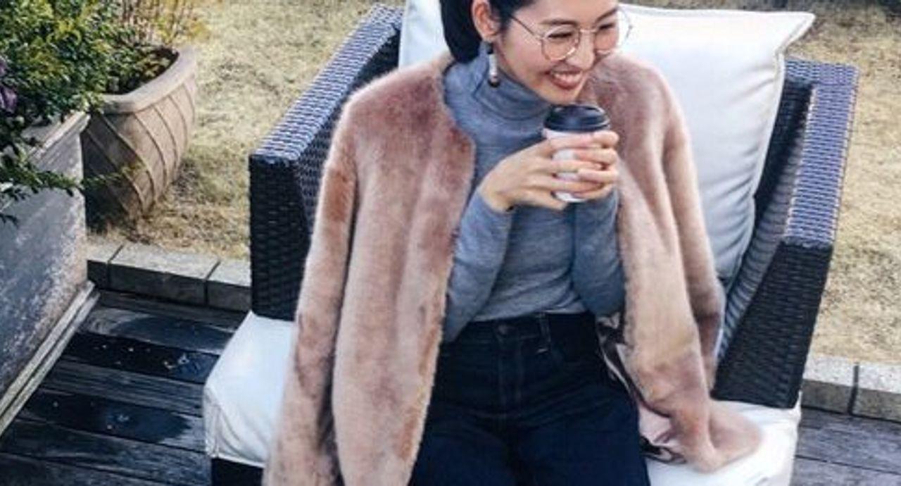【冬コーデ】ファーコートは細デニムできちんと見えを!大人の着こなし9選