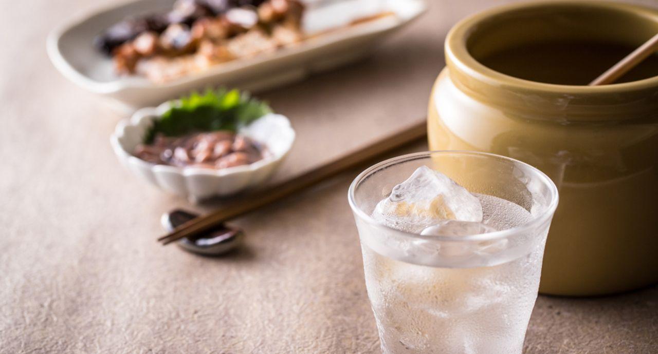 ダイエット中のお酒は焼酎で糖質オフ!おすすめの飲み方もご紹介