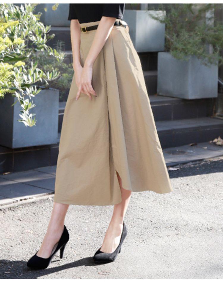 ベージュのスカートで作るコーデ術。年代・季節別の着こなしは?