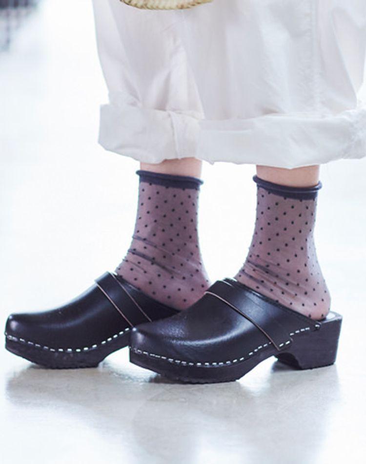 靴下で差をつけるならシースルーソックス!季節別のおすすめコーデ