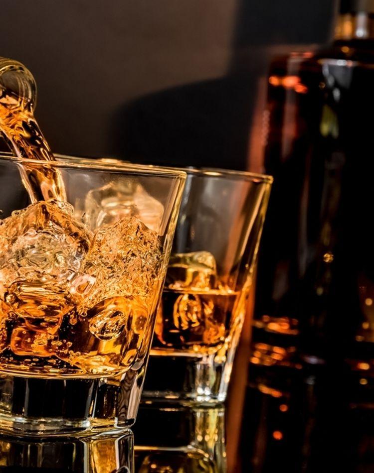 ウイスキーでダイエットができるって本当?効果ややり方、注意点