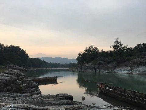 夕日に染まる長瀞の岩畳