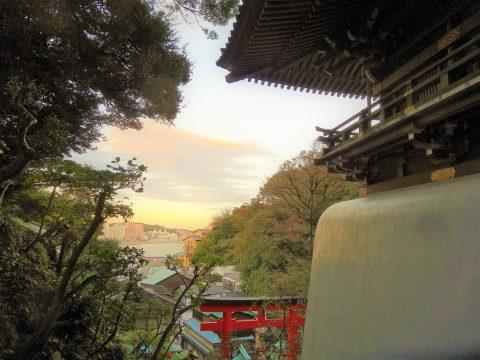 江ノ電江ノ島駅から瑞心門まで 奥深い歴史の旅はいかがですか?