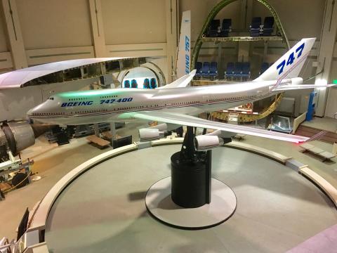 実物の航空機にコックピットや断面図まで 成田で飛行機の歴史を体感