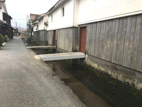 伝統的建造物群保存地区に指定 鳥取県倉吉の「白壁土蔵群」を歩き旅