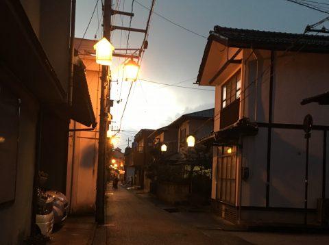 鳥取県三朝「湯の街ギャラリー」 昔ながらの雰囲気漂う通りを歩く旅