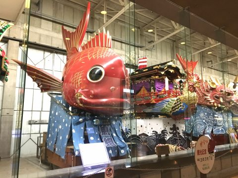 ユネスコ無形文化遺産唐津くんちの魅力と密接な結びつき唐津神社へ