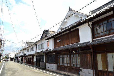 江戸時代に流行した居蔵造りの美しい町並みが残る 八女福島を歩く