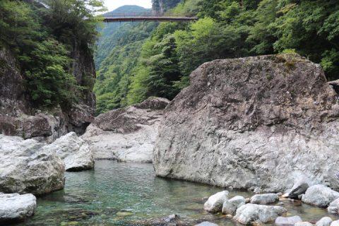 名水百選 天川村に古来より沸き続ける洞川湧水群とみたらい渓谷