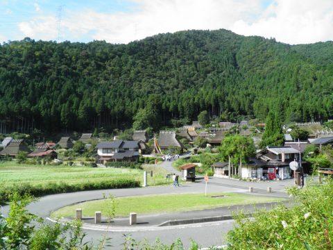 京都 南丹市に残る昔懐かしい風景 美山かやぶきの里で心温まる旅