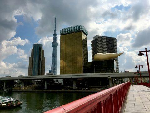 吾妻橋には浅草のランドマークが勢揃い 絶景と伝統の味に舌鼓み