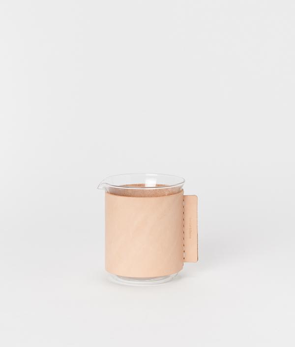 化瓶:Beaker 300ml / Hender Scheme(エンダースキーマ)