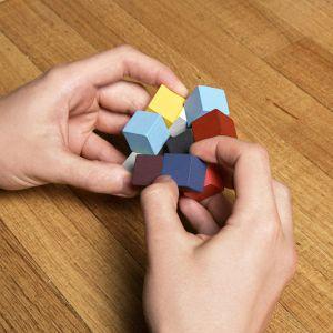 イラスティキューブ3Dウッデンパズル / Elasti Cube 3D Wooden Puzzle